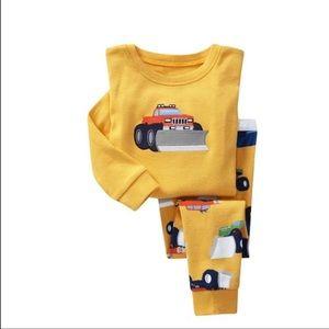 Gold pajamas boy size 7